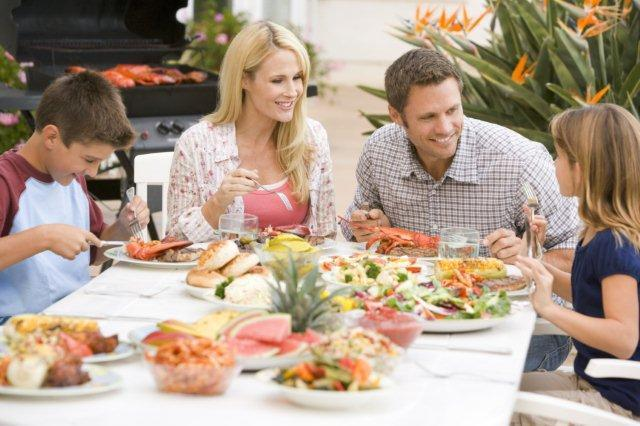 Orele de masă şi succesiunea felurilor de mâncare II