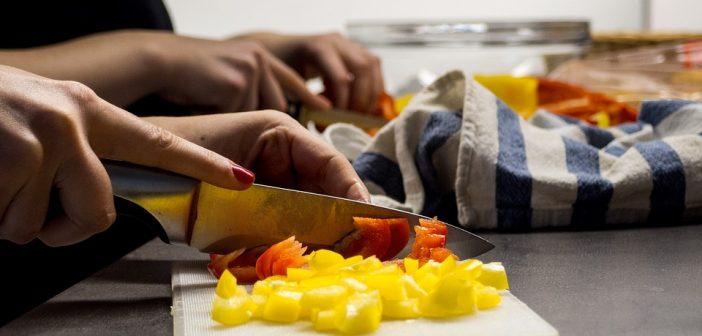 Mâncare gătită sau semipreparate?