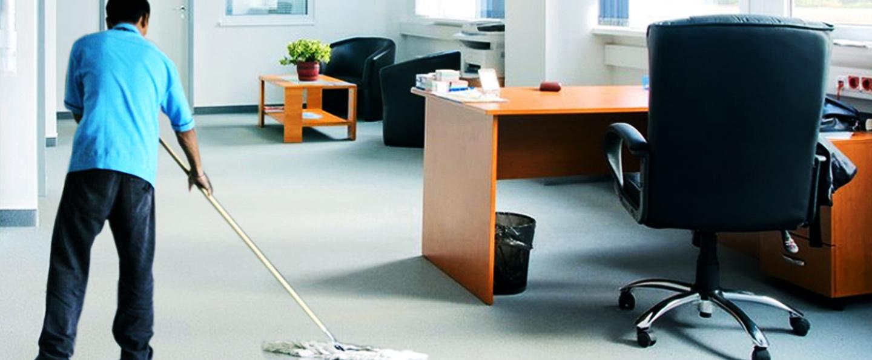 o firmă de curățenie