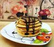 pancakes cu sos de ciocolată