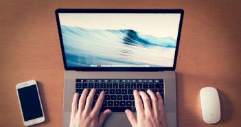 cel mai potrivit laptop
