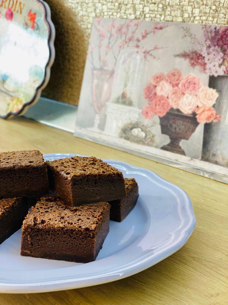prăjitura deșteaptă cu ciocolată
