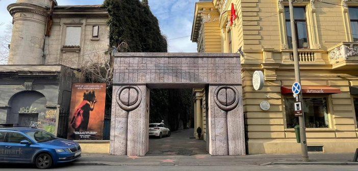 Sărbătorește ziua lui Brâncuși la Poarta Sărutului Artmark